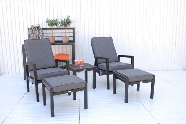 Bilde av Jupiter recliner sett 2 stoler+paller m/puter+bord - sort/stormgrå