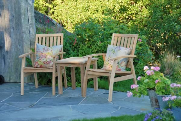 Bilde av Dana sett 2 stoler+bord - teak
